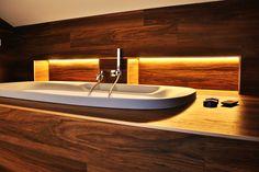 Un'elegante soluzione per il bagno #ristrutturazione #bagno #arredobagno #bathroom #bathroomdesign #wood #ceramics