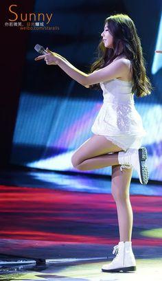 Photos of Sohee taken by concertgoer awe fans Sohee Wonder Girl, Seductive Women, Girl Body, Yoona, Kpop Girls, Girl Group, Ballet Skirt, Actresses, Female