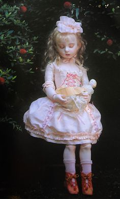 Doll / Ariel sculpt (1998). Doll artist / Koitsukihime. Photograph / Sakichi Kataoka. Ningyohime (1998)