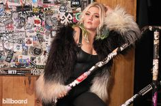 TIL: Country singer Elle King is the daughter of comedian/actor Rob Schneider Elle King, Rob Schneider, Music Heals, Country Singers, Wild Child, Beauty Trends, Music Is Life, Makeup Inspiration, Comedians