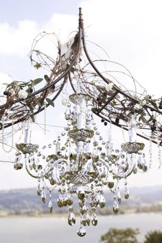 wedding arch chandelier. This is seriously one of the most gorgeous fantastic things ever.