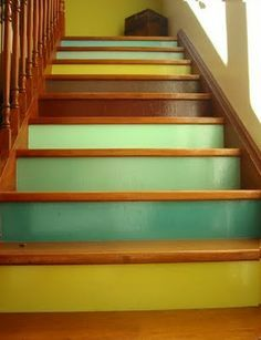 colour back wooden stairs with pale green - Recherche Google