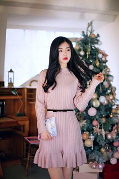 Oriental Fashion, Asian Fashion, Fashion Beauty, Stylish Outfits, Fashion Outfits, Womens Fashion, Ulzzang Fashion, How To Look Classy, Fall Looks