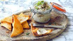 Паштет из копченой скумбрии с тостами Melba рецепт с фото, за 20 мин. приготовить на 4 человек(а) Закуски дома от Chefcook Dairy, Cheese, Food, Meals, Yemek, Eten