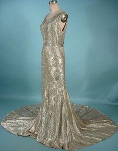 1930s screen siren dress!