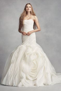Extra Length Organza White by Vera Wang Wedding Dress with Rosettes - Ivory, 0