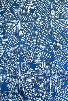 Luli Sanchez - blue dot sea flower White on blue