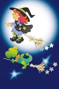 Pünktlich zu Halloween ist diese kleine Hexe bei uns gelandet. Hier gibt es die Anleitung für das Halloween-Fensterbild zum selbst basteln. Hex, hex! © 2009 Christophorus Verlag