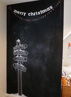 Little Baby Garvin: House Tour: Holiday Edition - Tafelfarbe - Blackboard Art, Chalkboard Lettering, Chalkboard Designs, Chalkboard Ideas, Chalkboard Writing, Chalkboard Drawings, Kitchen Chalkboard, Christmas Backdrops, Christmas Photos