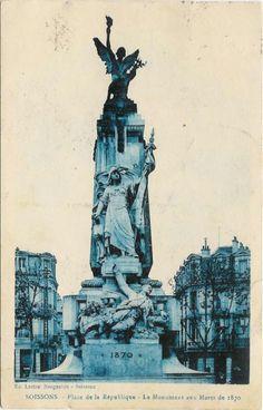 02722 - Soissons - Place de la Republique - Le Monument aux Morts de 1870.jpg