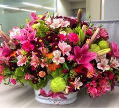 #Love #Flores #LoveColors #Colors #LoveFlowers #EntregasEspeciales #LaFleurBoutique #Eventos #Evento #DiseñoFloral #DecoraciónFloral #ArreglosFlorales   Modelo: Euforia www.lafleurboutique.com.mx