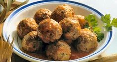 Rempah (meat balls from Java) Tapas, My Favorite Food, Favorite Recipes, Good Food, Yummy Food, Asian Recipes, Ethnic Recipes, Indonesian Food, Japanese Food