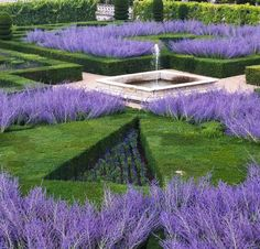 Fountain - Villandry Gardens (of Villandry Chateau, Loire Valley).