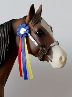 How to make breyer show ribbons!