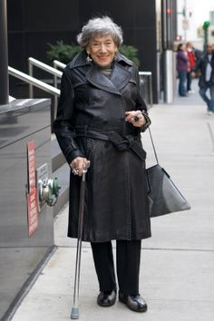 Even her cane is fabulous!  She is 90 years old...!!!!!!!