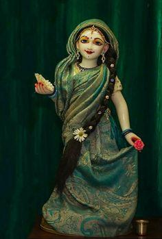 Hare Krishna Mantra, Krishna Bhajan, Laddu Gopal, Radha Rani, Goddess Art, Cute Drawings, Disney Princess, Disney Characters, Beauty