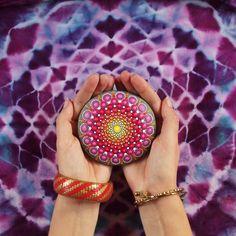 Large sacred geometry mandala stone by Elspeth McLean #dotillism #sacredgeometry #tiedye #rockart #paintedstone #elspethmclean