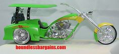 GREEN CUSTOM GOLF CART TRIKE  PHANTASY CHOPPERS GOLF TRIKE COLLECTIBLE  FOR THE GOLFER / BIKER IN YOU FAMILY  DETAILED INTERIOR INCLUDING GOLF BAGS  CUSTOM WHEELS    THESE CHOPPER COMES IN THE FOAM ORIGINAL PACKAGING AND AS YOU CAN SEE BY THE PHOTOS IS IN GREAT CONDITION, $39.88