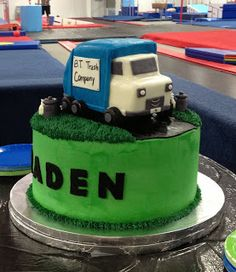 Trash Truck Cake and Cookies