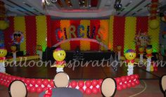 Circus themed party - Stage and backdrop