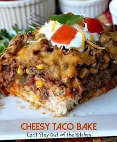 Okay, I have a super delish recipe for you today. Cheesy Taco Bake combines the best of tacos with something like a Tamale Pie, except the crust is on the bottom instead of on the top. Taco Pie With Bisquick, Bisquick Recipes, Bisquick Taco Bake Recipe, Baked Tacos Recipe, Gluten Free Tacos, Mexican Food Recipes, Mexican Dishes, Mexican Meals, Easy Casserole Recipes