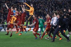 Fútbol: Roma tumba al Barcelona de la Champions con épica remontada