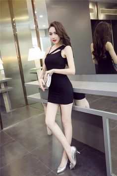 50e26cbfd71 2019 Spring And Summer Nightclub Fashion Women s Dress Sexy  off-the-Shoulder Camisole Dress One-Shoulder Tee Dress Debutante Sheath  Dress
