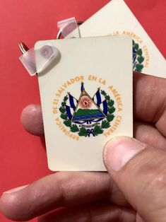 El Salvador keychain Llavero Salvadoreño Key holder Escudo   Etsy Countries In Central America, Rainbow Face, Hawaiian Print, Initials, Shapes, Messages, Etsy, Handmade, Design