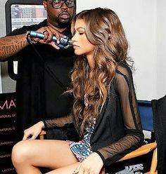 ❁ ; @serenityshonte Zendaya Style, Zendaya Coleman, Beautiful Legs, Just Amazing, Star Fashion, Role Models, Dress To Impress, Hair Inspiration, Magazines
