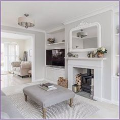 Hold up to date with the most recent small living room decor ideas (chic & modern). Discover good methods for getting fashionable design even though you have a small living room. Living Room Modern, My Living Room, Small Living, Living Room Furniture, Living Room Designs, Living Room Decor, Rustic Furniture, Antique Furniture, Furniture Showroom