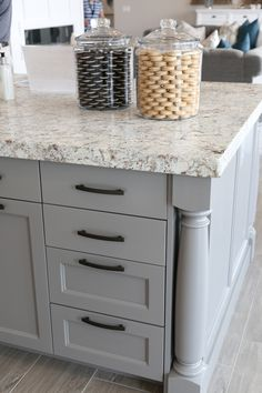 If you are looking for Granite Kitchen Countertops Ideas, You come to the right place. Below are the Granite Kitchen Countertops Ideas. Grey Kitchen Island, Grey Kitchen Cabinets, Kitchen Cabinet Colors, Granite Kitchen, Kitchen Colors, Diy Kitchen, Kitchen And Bath, Kitchen Decor, Gray Granite Countertops