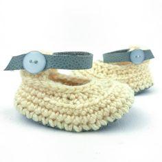 Lemon Ice Raspberriez soft soled baby shoes Baby shoes - baby shower gifts -- new baby gift - baby clothing - gifts under $30 - gifts under $50 - pregnacy announcement #Newborngifts, #newborn #baby #babyboy, #babygirl, #genderneutral #genderreveal, #babyclothes, #handmade, #shopsmall, #organicbaby, #cutebabyclothes #babyshoes #babyboots #tweed #handmadebabyclothes #bohobaby #mountainbaby #washingtonbaby #oregonbaby #pnwbaby #eastcoastbaby #westcoastbaby #trendybaby #momblogger #mommyblogger