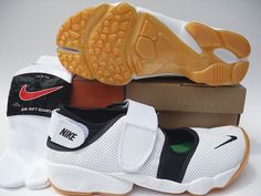 Nike Rift Shoes Nike Air Rift White Black Green Orange [Nike Air Rift - Just enjoy yourself with the Nike Air Rift White Black Green Orange shoes quickly! These shoes are quite comfortable and soft. They own comfy lining and footbed. Nike Air Rift, Nike Shoes, Sneakers Nike, Orange Shoes, Green And Orange, Air Jordans, Comfy, Free Shipping, Sports