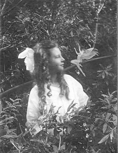 Two Girls that Tricked the World: The Case of the Cottingley Fairies