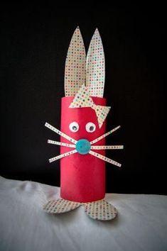 J'ai fait un lapin avec un rouleau de papier toilette: