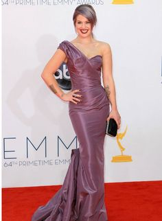 Kelly Osbourne Shocks With Stunning Weight Loss In Lilac Gown At Emmys 2012