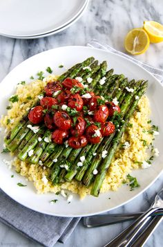 Lemon Millet with Grilled Asparagus and Blistered Tomatoes - A simple flavorful . Lemon Millet with Grilled Asparagus and Blistered Tomatoes - A simple Gf Recipes, Whole Food Recipes, Vegetarian Recipes, Cooking Recipes, Healthy Recipes, Whole Foods Vegan, Millet Recipes, Plant Based Whole Foods, Vegan Main Dishes