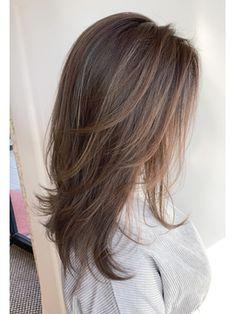 Haircuts Straight Hair, Haircuts For Medium Hair, Long Hair Cuts, Medium Hair Styles, Short Hair Styles, Balayage Hair Blonde, Brown Blonde Hair, Hair Shades, Grunge Hair