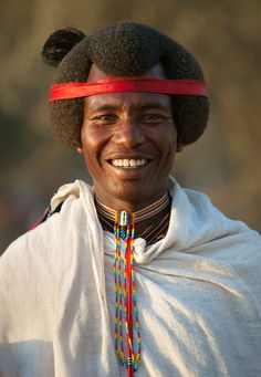 Africa | Karrayyu man with his Gunfura traditional hairstyle in Gadaa ceremony.  Ethiopia. | ©Eric Lafforgue