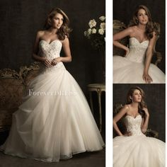 Chic Ivory Ball gown wedding dress with Delicate beaded and rhinestones Embellishment bodice