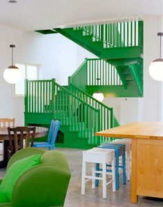 Green stairs punch of color Green Punch, Modern Contemporary Homes, Painted Stairs, Interior Stairs, Stairway To Heaven, Humble Abode, Stairways, Architecture Details, My Dream Home