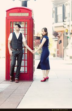 i want my engagement photo to have a red telephone booth in it