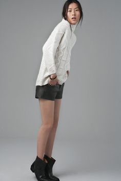 August - Woman - Lookbook - ZARA Poland