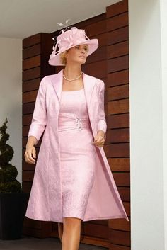 2015 Plus Size Wedding Party Dresses Pink Mother of the Bride Lace Dresses with Jacket Knee Length Vestido Para Mae Da Noiva Mother Of Bride Outfits, Mothers Dresses, Mother Of The Bride, Groom Outfit, Groom Dress, Mob Dresses, Bride Dresses, Lace Dresses, Dress Lace