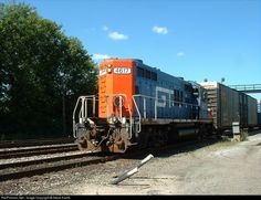 RailPictures.Net Photo: GTW 4617 Grand Trunk Western GP9r at Pontiac, Michigan by Steve Kaslik
