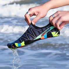 2018 Men Beach Summer Wading Casual Shoes Swimming On Surf Quick-Drying Sneakers Skin Sock Striped Unisex Water Shoes Seaside Beach, Men's Shoes, Shoes Sneakers, Pool Shoes, Shoes Men, Platform Sneakers, Flat Shoes, Aqua Socks, Dark Blue