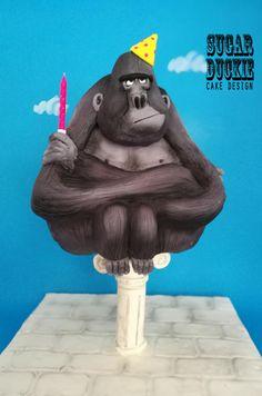 Gorilla on a Pillar - cake by Sugar Duckie (Maria McDonald)
