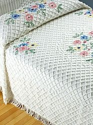Cotton Chenille Bedspread with a Loop and Tufted Floral Medallion Motif from the Bedspreads Comforters, Chenille Bedspread, Cabin Crafts, Vintage Bedspread, Linens And More, Shabby Chic Cottage, Cottage Style, 1950s Design, Vintage Love