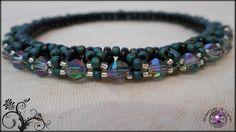 Sparkly Bangle Bracelet Green and Black by JewelryOfLife on Etsy, $15.00 #Etsy #Handmade #JewelryOfLife