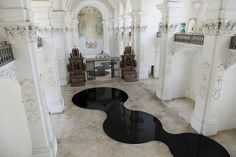 Image 6 of 8 from gallery of New Readings Of Space: Placing Pools Of Oil Inside A Baroque Abbey Church. Photograph by We Find Wildness